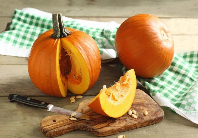 Как запечь тыкву кусочками в духовке по рецептам с овощами, специями, медом или сахаром